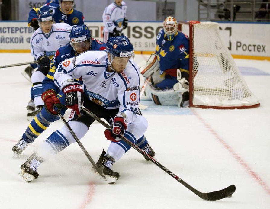 Ruotsi ja Suomi väänsivät sunnuntaina tasaisesti.