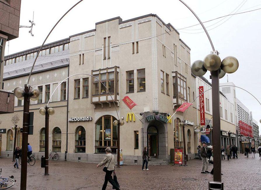 Pekurinkulma siirtyi hollantilaisilta Ilmarisen omistukseen.
