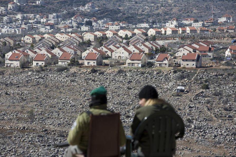 Israelin siirtokunta Ofra Länsirannalla kuvattiin lähes kolme vuotta sitten. Siirtokunnissa asuu noin 600000 juutalaista.