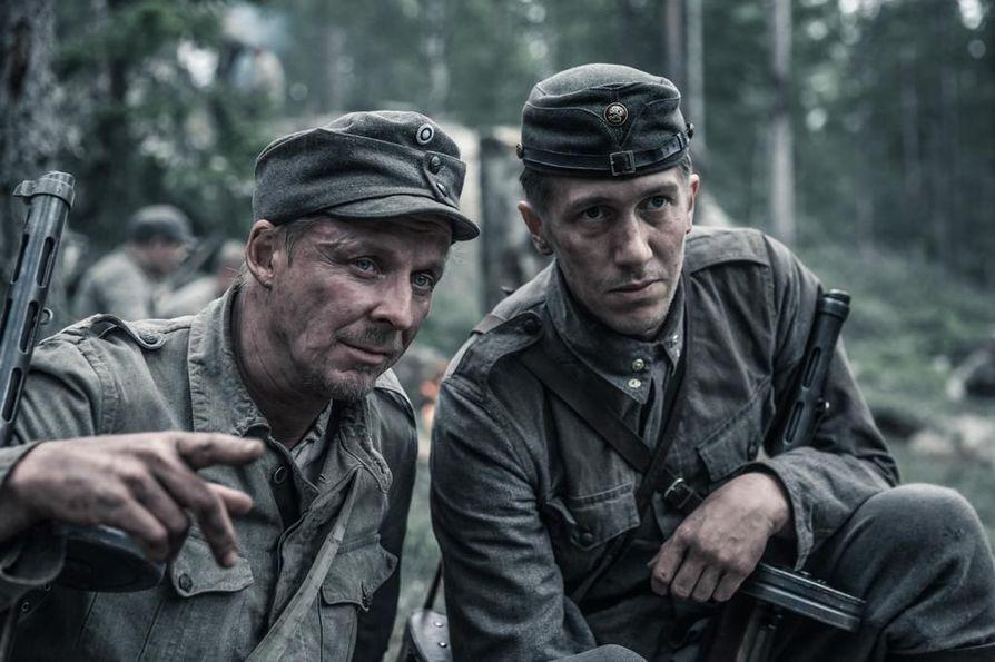 Vuonna 2017 valmistunut Tuntematon sotilas keräsi elokuvateattereissa miljoonayleisön. Pääosissa nähdään Eero Aho Rokkana ja Jussi Vatanen Koskelana.