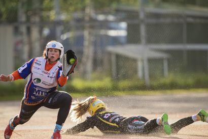 Naisten kausi päättyi kitkerään tappioon Vaasassa