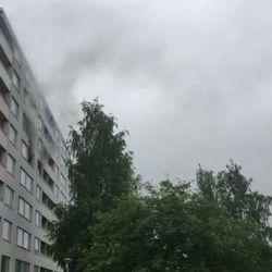 Lukijan video: Asuntopalo Puolivälinkankaalla