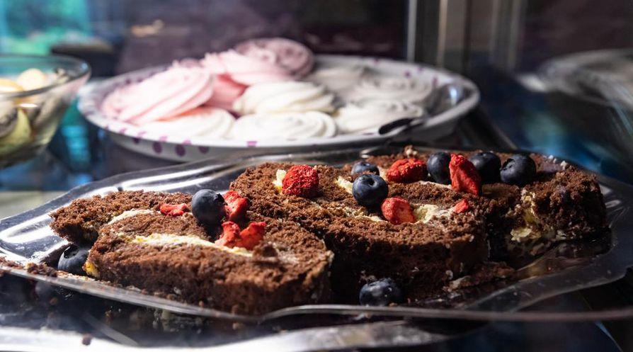 Villa Eevilä leivonnaiset ovat itse tehtyjä.