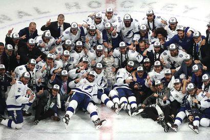 Tampa Bay Lightning voitti NHL:n mestaruuden – suomalaispelaajien Dallas kumoon kuudennessa finaalissa