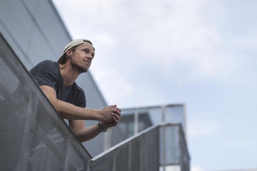 Pekka Rinne jatkaa Nashvillessä kahden vuoden sopimuksella.
