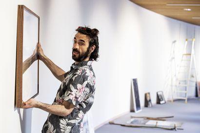 """Taidetta ennakkoluuloja vastaan –""""Näyttelyssä käynti tukee hyvinvointia"""""""