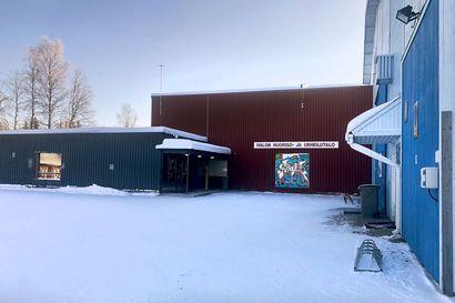 Ivalossa odotetaan uutta liikuntahallia – Koronapandemia ja urheilutalon katon halkeama ovat sotkeneet kuntalaisten liikuntamahdollisuuksia