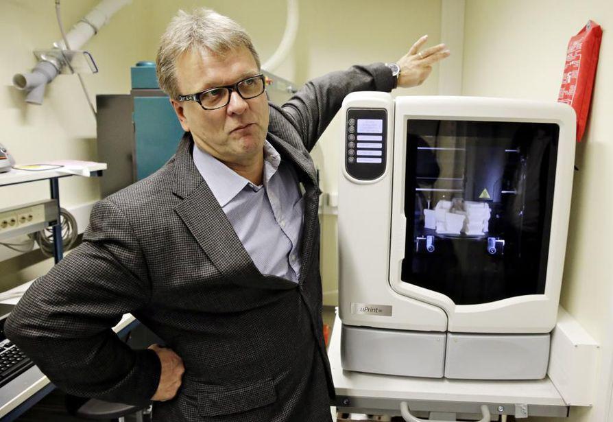 Veikko Lesonen perusti JOT Automation Oy:n vuonna 1988. Lesonen myi omistuksensa vuonna 2000, mutta vuonna 2011 Lesosen perheyritys Head Invest Oy osti JOTin takaisin saksalaiselta Rohwedder-konsernilta.