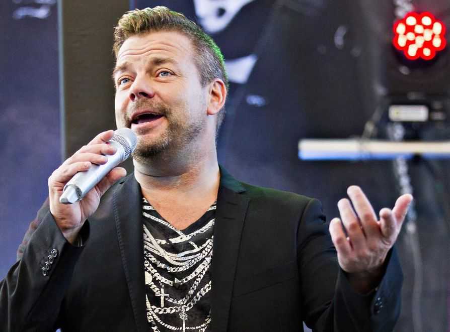 Iltalehti uutisoi tiistaina, että Jari Sillanpäätä epäillään huumausaineen vaikutuksen alaisena ajamisesta.