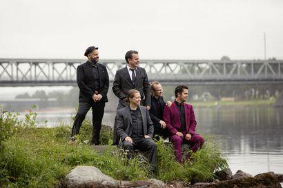 Konttisen lavalle saadaan musiikkia lauantaina, kun Jaakko Laitinen & Väärä raha jatkaa koronan keskeyttämää keikkaputkeaan