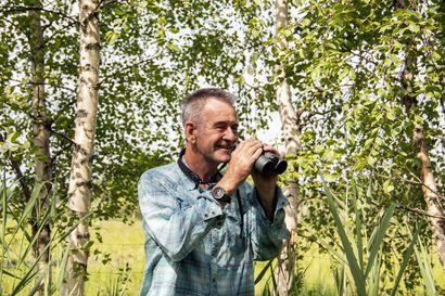 """""""Matkan jälkeen aion kirjoittaa seikkailustani artikkelin ja kertoa kokemuksistani täällä"""" – brittiläinen luontodokumentaristi Nigel Marven ihastui Liminganlahteen ja sen lintuihin"""