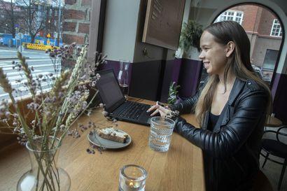 Traficom rauhoittelee: Mobiilidatan käyttö ei kaada verkkoja – etätöitä tekevien ja kotona opiskelevien kannattaa noudattaa työpaikan ohjeita