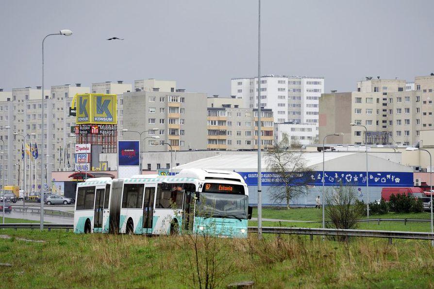 Viron hallituksen mielestä julkishallinnon töitä voi digiaikana tehdä missä päin maata tahansa. Kuvassa on Tallinnan Lasnamäen kaupunginosan neuvostoaikaista arkkitehtuuria.