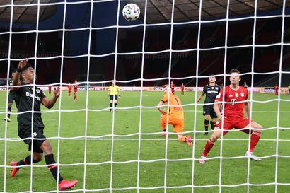 Hradeckyn Saksan cupin tilasto kääntyi tappiolliseksi, Bayern himoitsee triplaa