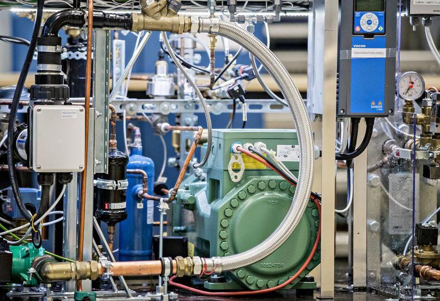 Kauppaketjuilla on edessä iso siirtymä hiilidioksidilla toimiviin kylmälaitteisiin. Kyseisiin järjestelmiin on investoitu reilussa parissa sadassa market-kokoluokan kaupoissa.