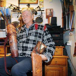 Omin käsin tehtyjä ainutlaatuisia viinejä – Lasse Hiltunen on nostanut jousiammunnan harrastamisen ja kilpailemisen yhdellä tasolla ylöspäin