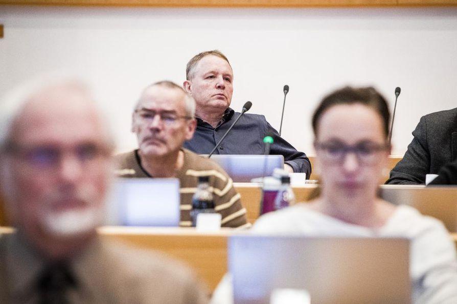 Professori Vesa Puuronen kuuluu Rovaniemen kaupunginvaltuustossa vasemmistoliiton ryhmään.
