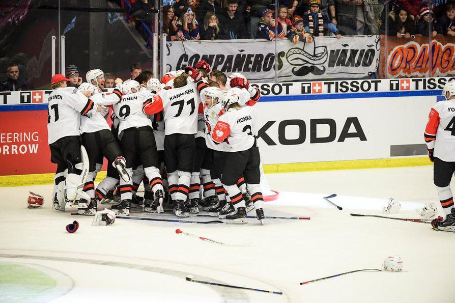 JYP:in pelaajien riemu repesi Växjön kaaduttua CHL:n eli jääkiekon Mestarien liigan finaaliottelussa maalein 2-0.