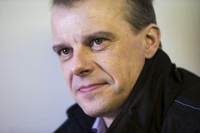 """""""Fossiiliset polttoaineet alas"""", keskustan eduskuntaryhmän puheenjohtaja Juha Pylväs listaa puolueensa tavoitteeksi"""