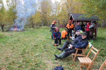 Komisario Arvo Mäntykenttä palailee lapsuutensa maisemiin Hirvaskoskelle – kuka tammesi syksyn 2015 pakolaistulvan?