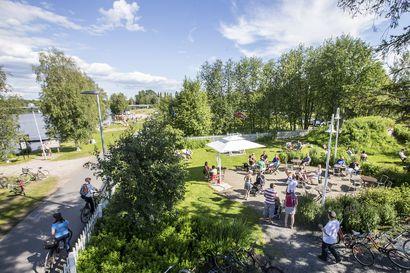 Vinkkejä koronakesän ensimmäisen viikonlopun viettoon: Kirppikset, ravintolat ja kahvilat ovat auki tavalliseen tapaan