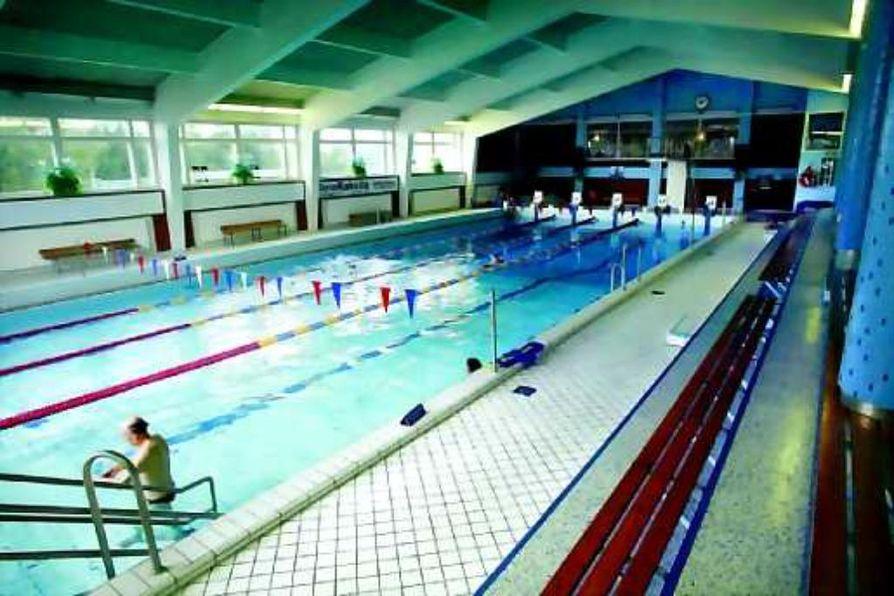 Lisäallas luvassa. Raatin uimahallin pieni 25 metrin allas saa jatkoksi saman kokoisen kuntoaltaan, jos valtuuston hankesuunnitelma etenee rakentamiseen asti.