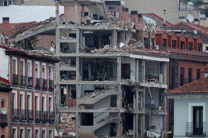 Rakennus romahti räjähdyksen voimasta Madridin keskustassa – kolme kuoli, kyseessä voi olla kaasuvuoto