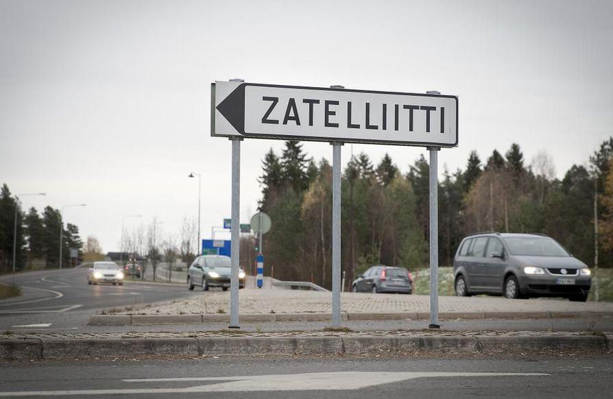 Kempeleen alueella on z-alkuisia liike- ja muiden tilojen nimiä. Zatelliitti on yritysalue.
