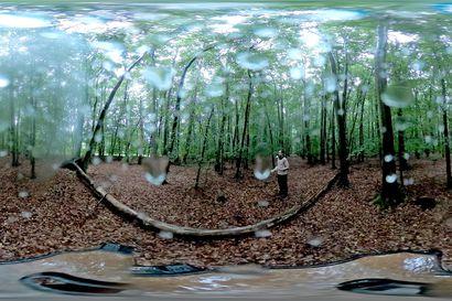 Arvio: Vain sinä, minä ja koko maailma –Agit-Cirkin koronahanke Unum päästää katsojan kolmen intiimin sooloesityksen keskipisteeseen