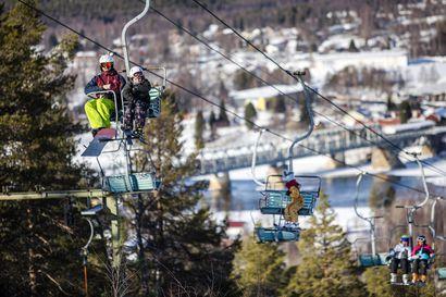 """""""Kannamme kortemme kekoon"""" – Lapin hiihtokeskukset päättivät yhdessä, että rinteet suljetaan niin nopeasti kuin mahdollista, käytännössä tähän menee viikko"""