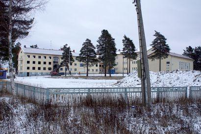 Vanhaa puretaan uuden tieltä Kurenalan koulun tontilla – Kuntarahoitus tulossa Hyvän olon keskuksen rahoittajaksi
