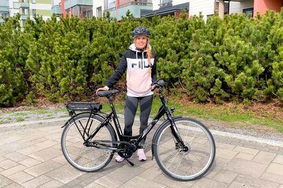 Sähköpyörä on mukavin tapa laihtua – kun pyöräilee enemmän, liikkuu enemmän