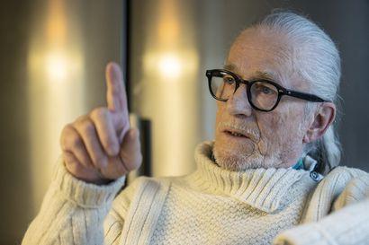 """Itämerellä työskennellyt hailuotolainen Pentti Huttunen väittää laivojen olevan onneaan uhmaavia """"pommeja"""" – """"Ei pidä paikkaansa"""", vastaa Suomen Varustamot"""