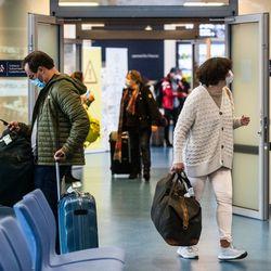 Epävarmuutta ilmassa - Finnairin ensi talven lennot hämärän peitossa