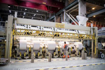 Uutisanalyysi: Paperitehtaita suljetaan, mutta miten käy Veitsiluodon? – Koronan kurittaman tehtaan  tulevaisuus on jäänyt Kemin biotuotetehtaan varjoon