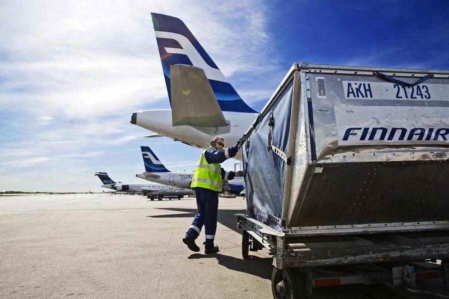 Finnair on antanut matkustajilleen mahdollisuuden siirtää tai perua Kiinan lentoja. Arkistokuva.