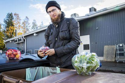 """""""Tulee hyvä mieli, kun ruokaa ei mene hukkaan"""" – Valle Heikinheimo on elämäntapadyykkaaja ja ostovegaani, joka saa puolet ruuastaan roskiksesta"""