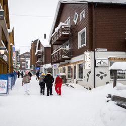 Sulku yllätti Lapin majoittajat suuruudellaan – Sky Ounasvaara, Ylläskaltio ja Kilpis sulkevat ovensa kolmeksi viikoksi