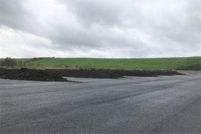 Kompostointialuetta vastustetaan Revonlahdella – vastustaja ja kunnanjohtaja kommentoivat aihetta