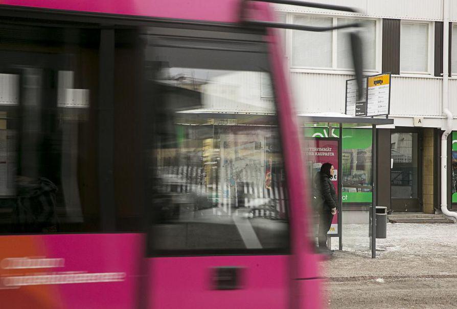 Oulun joukkoliikenteeseen ollaan pääsääntöisesti tyytyväisiä.