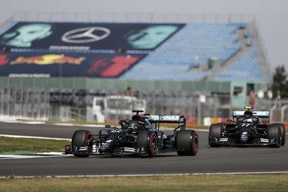 Mercedes hallitsi Silverstonen F1-harjoituksia alusta loppuun – Hamilton viimeisen treenijakson ykkönen ennen Bottasta