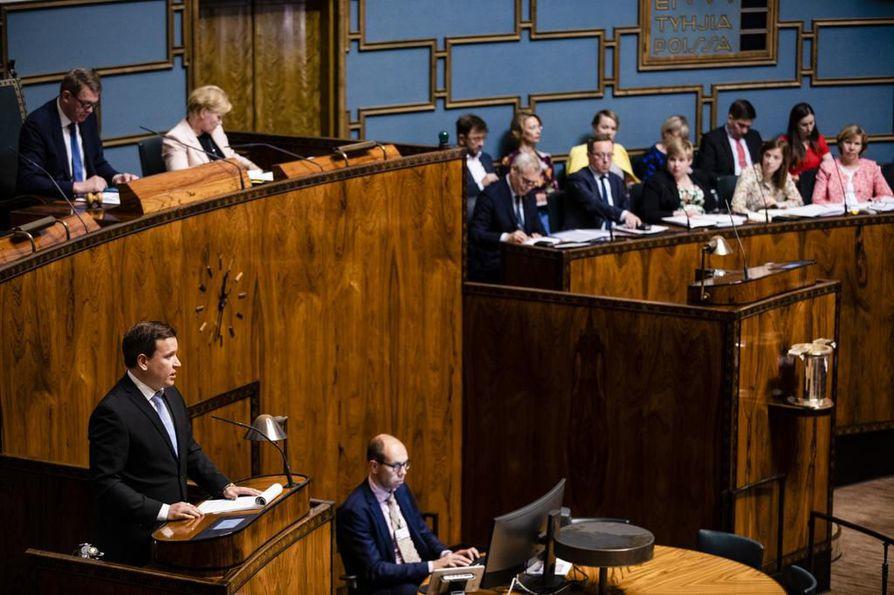 Eduskunnassa käytiin läpi hallitusohjelmaa tiistaina ja keskiviikkona. Torstaina äänestettiin. Arkistokuva tiistailta.