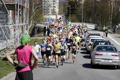Juoksutapahtumat kärsivät koronasta – Z-maratonilla lauantaina erityisjärjestelyt, syyskuun Terwamaratonilla juoksijakato