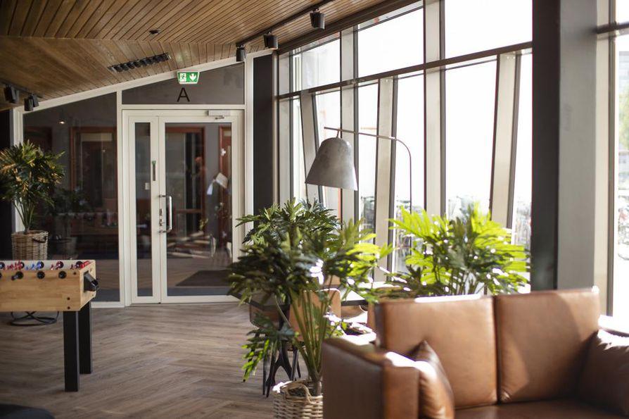 Lipporannan yhteistiloihin kuuluvat muun muassa oleskelutila, tv-huone, kuntosali ja saunatilat. Yhteistilojen käytöstä maksetaan 15 euroa kuussa huoneistoa kohden. Lisäksi esimerkiksi vierashuoneen käytöstä maksetaan siivousmaksu.