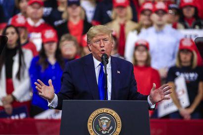 Trump allekirjoitti alustavan kauppasopimuksen Kiinan kanssa