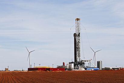 Öljytuottajat lähellä sopimusta tuotannon leikkauksista, uhkana öljymaiden tulojen romahdukset ja rankat budjettileikkaukset