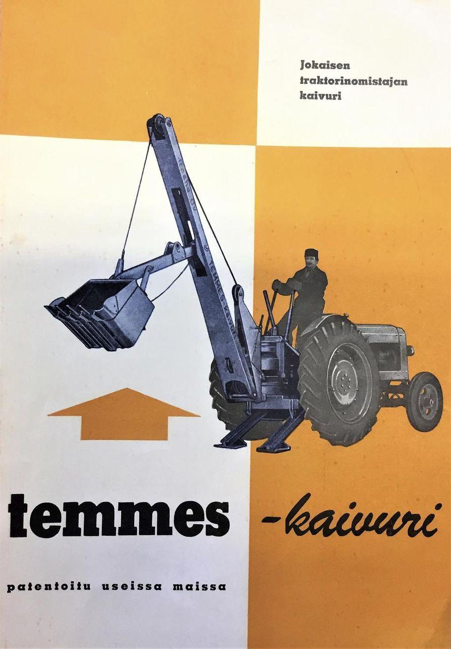 Kaivurin käyttöön opastettiin omalla vihkosella.
