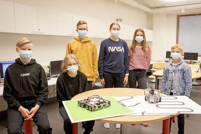 Katso video: Näin Kempeleen Kirkonkylän koulun viidesluokkalaisten Supertankki 3.0 jyrää – lasten robotit menestyivät valtakunnallisessa ohjelmointikilpailussa