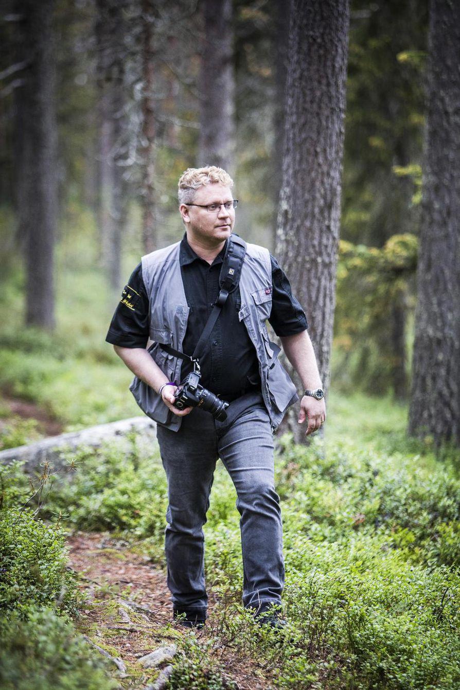 Vuoden alussa Turusta Posiolle muuttanut Marko Uskelin on toistaiseksi sairauslomalla. Valokuvausta harrastava mies kulkee luonnossa niin paljon kuin voimat antavat myöten.