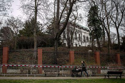 Euroopan maat karkottavat vakoilusta epäiltyjä venäläisdiplomaatteja kiihtyvällä tahdilla – Venäjä maksaa diplomaattikiistoissa potut pottuina